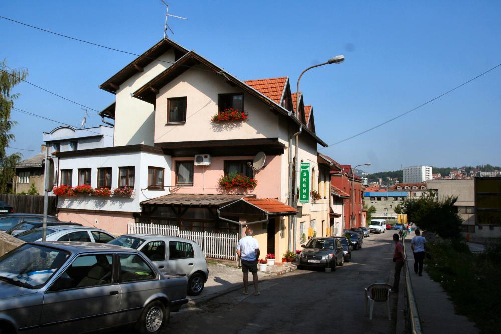 http://share.bahnforum.info/transfer/4b34bb10c170dda14241baa237c7d58d12b33f68/Balkan/s2189.JPG