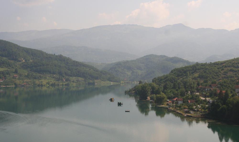 http://share.bahnforum.info/transfer/4b34bb10c170dda14241baa237c7d58d12b33f68/Balkan/s3067.JPG