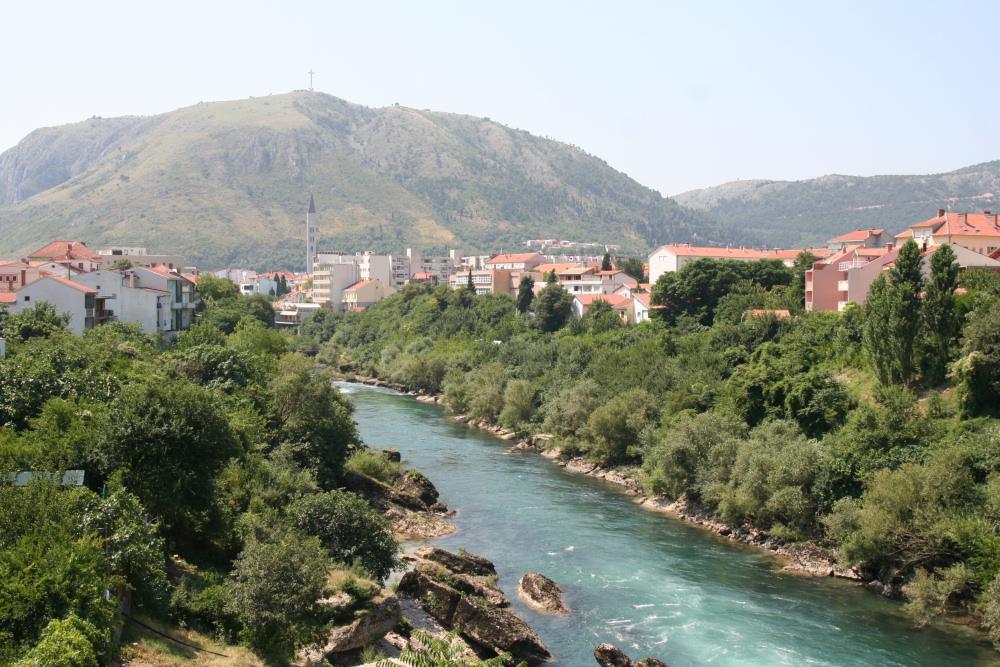 http://share.bahnforum.info/transfer/4b34bb10c170dda14241baa237c7d58d12b33f68/Balkan/s3086.JPG