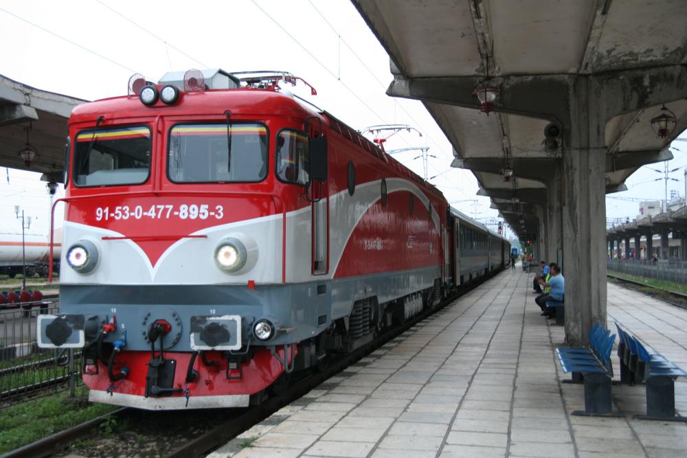 http://share.bahnforum.info/transfer/4b34bb10c170dda14241baa237c7d58d12b33f68/Balkan/s8095.JPG
